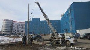 установка бетонных столбов под электричество